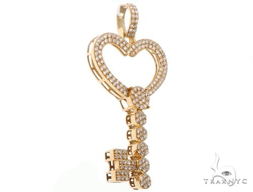 14k Yellow Gold Diamond Heart Top Key 64707 Stone