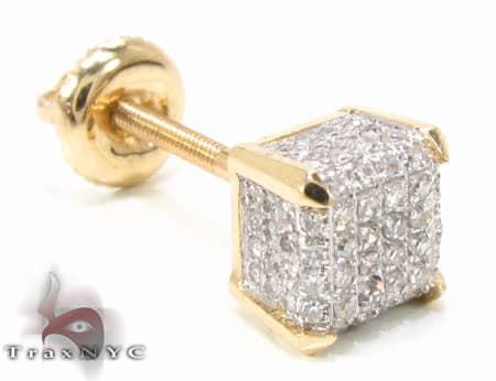 YG Single Cube Earring Stone