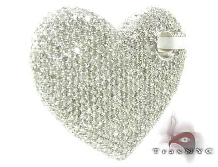 Glitz Heart Pendant Style