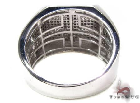 WG Flat Cross Ring Stone