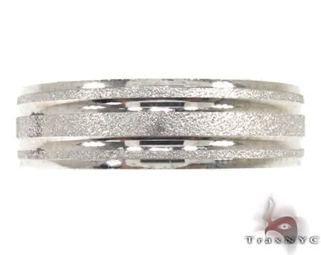 White Gold Strip Frosted Ring Style