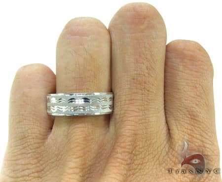White Gold Indents Ring Style