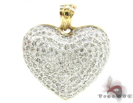 Yellow Gold Little Heart Pendant 4 Stone