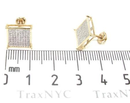 Yellow Gold Warrior Earrings 3 Stone