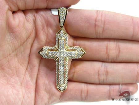 Yellow Gold Centered X Cross Diamond