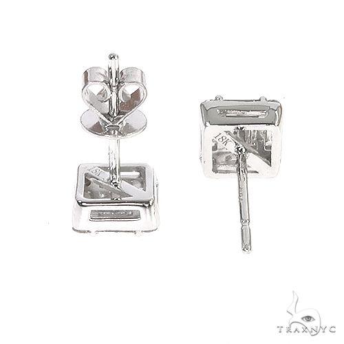 18K Gold Baguette Diamond Earrings 66732 Stone