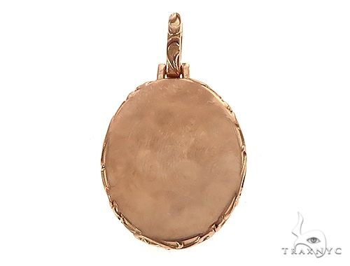 18K Gold Oval Special Edition Photo Pendant Engraved Frame 65310 Metal