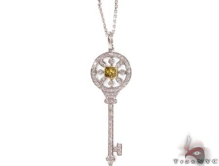 18K Gold Prong Diamond Key Pendant Necklace 32664 Diamond