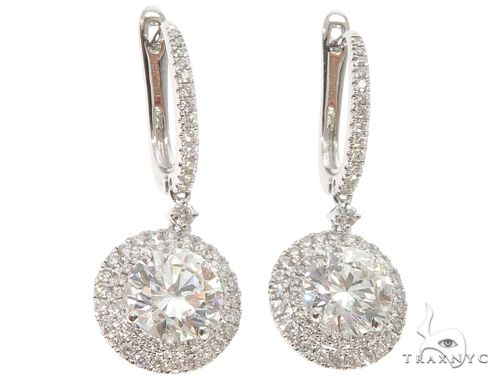 18K White Gold Diamond Chandelier Earrings Stone