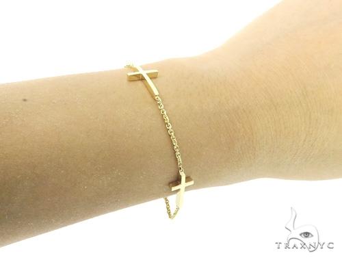 18k Yellow Gold Cross Crucifix Bracelet 49004 Gold