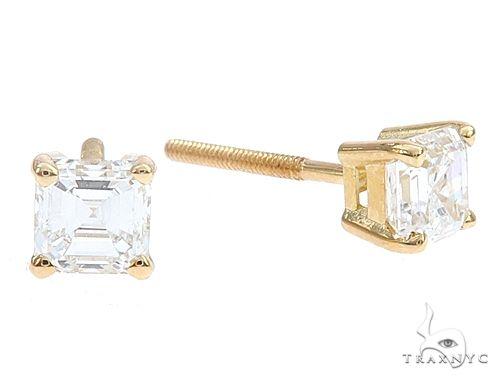 18k Yellow Gold Solitaire Diamond Studs 65007 Stone
