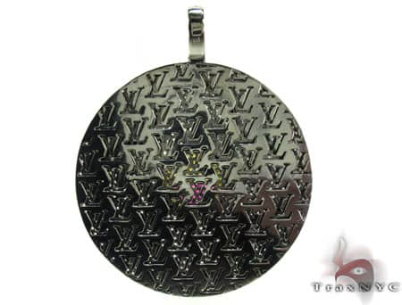 Custom Jewelry - LV Pendant Metal