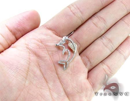 Ladies Dolphin Pendant Stone
