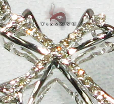 Round Frame Cross Diamond