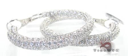Frozen Bangle Earrings Style
