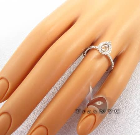 Pear Shape Semi Mount Ring Engagement