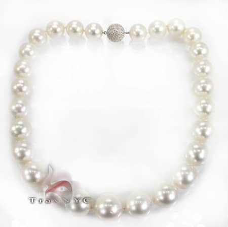 White South Sea Pearl Necklace Pearl
