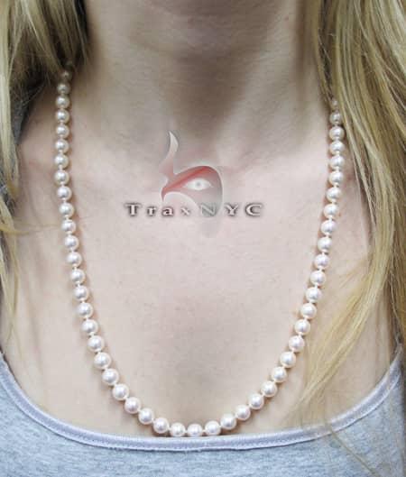 Cream Pearl Necklace Pearl