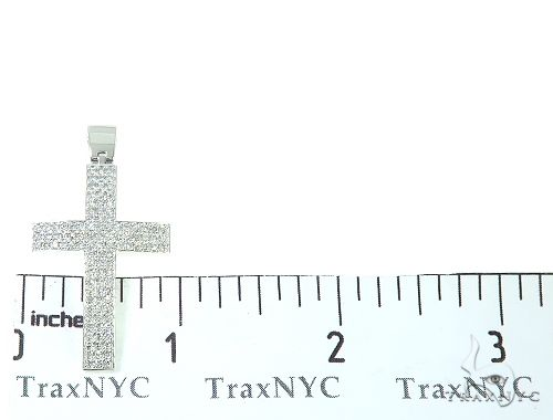 Acastus Cross Diamond