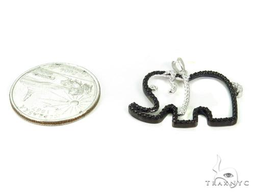 Bezel Diamond Elephant Silver Pendant 37428 Metal