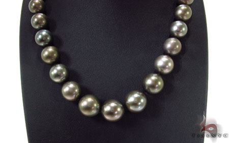 Black Color Pearl Necklace 31727 Pearl