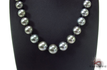 Black Color Pearl Necklace 31728 Pearl