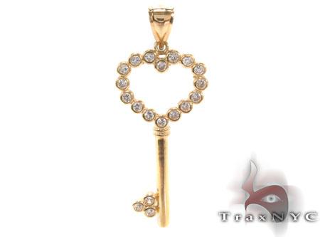 CZ 10K Gold Heart Key Pendant 33623 Metal