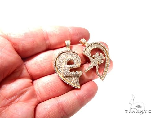 Custom Flower-Set Diamonds Key & Lock Heart Pendant 64090 Metal