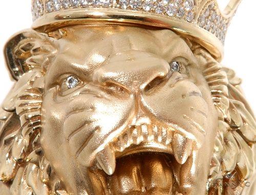 Medium Diamond Lion Head Pendant 64024 Metal