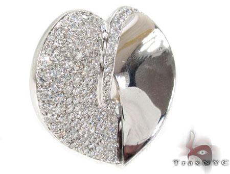 Diamond Pave Heart Pendant Stone