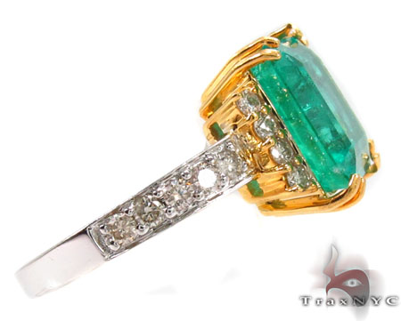 Emerald Jada Ring Anniversary/Fashion