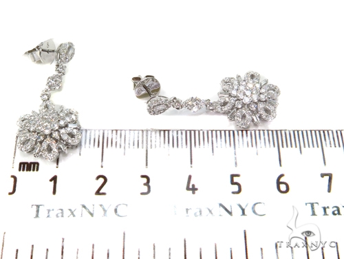 Freesia Diamond Chandelier Earrings 40404 Style