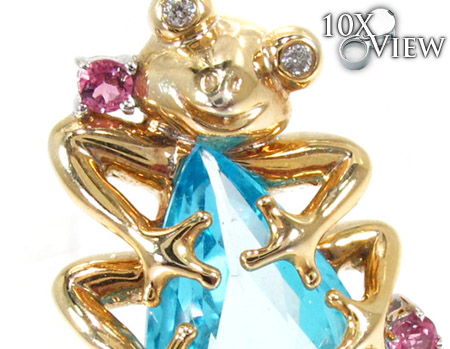 Frog with Water Drop Pendant Stone