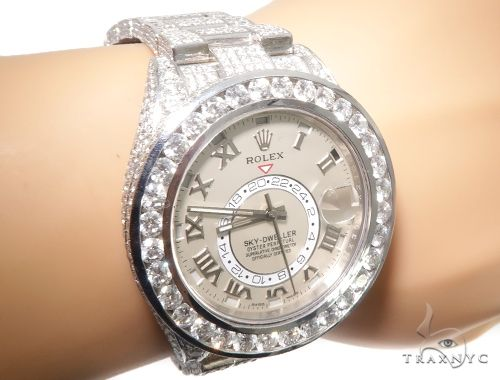 Full Diamond 18K White Gold Ivory Dial Sky -Dweller 64107 Diamond Watch Inactive