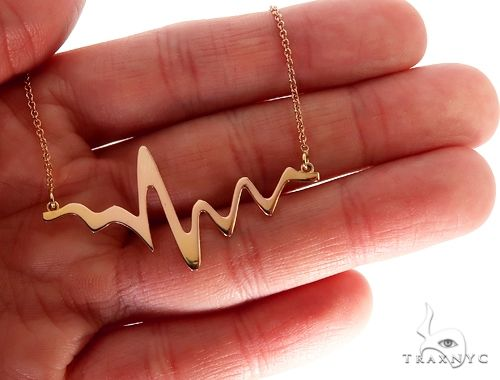 Heartbeat Pendant Necklace in 14k Yellow Gold Metal