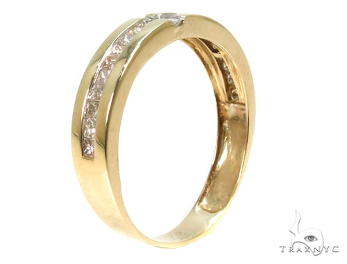 Invisible Diamond Wedding Band Style