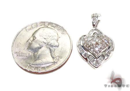 Ladies Two Color Diamond Heart Pendant 20864 Style