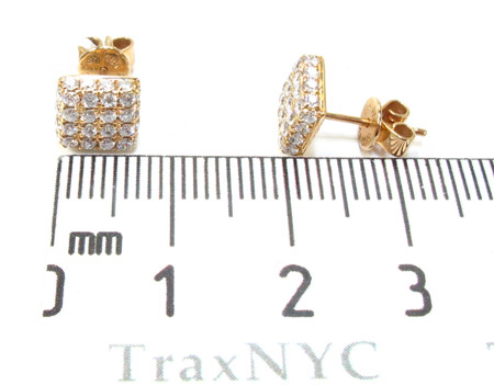 Mens Yellow Gold Cube Prong Diamond Earrings 21077 Stone