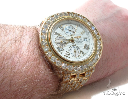 Mens 18K Gold Breitling Cross Crucifixwind Watch Breitling