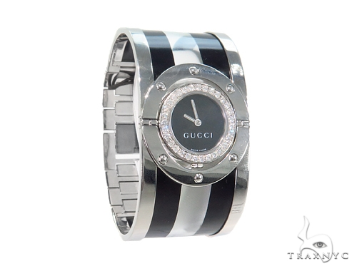 Pave Diamond Gucci 112 Twirl Bangle Ladies Watch YA112414 44148 Gucci