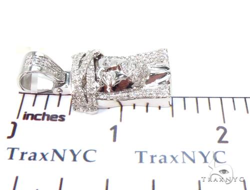 10K Prong Diamond Jesus Pendant 35500 Style