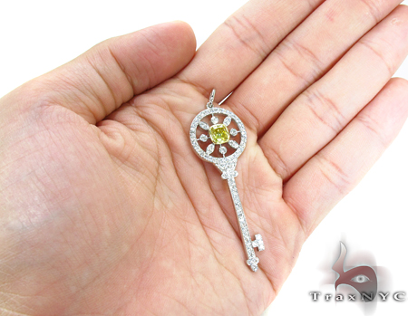 Prong Diamond Key Pendant 32062 Style