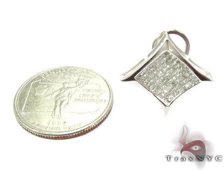 Sharp White Gold Diamond Earrings 26027 Stone