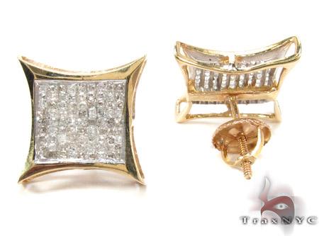 Sharp Yellow Gold Diamond Earrings 26022 Stone
