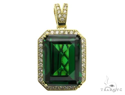 Small Green Tresaure Gold Pendant 63439 Metal