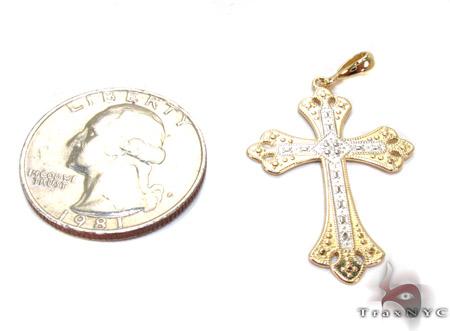 14K Gold Two Tone Ornate Cross Pendant Gold