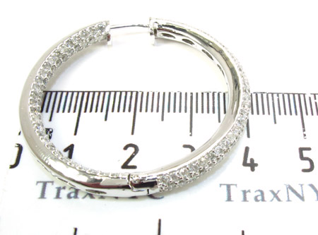 WG Three-Row Diamond Hoops Stone