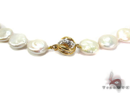 White 1 Coin Pearl Necklace Pearl