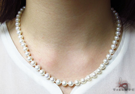 White 1 Strand  Pearl Necklace 31449 Pearl