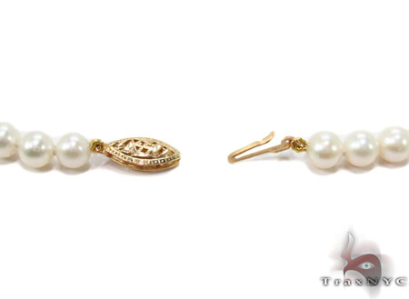 White 1 Strand Pearl Necklace 31455 Pearl